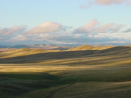モンゴルの人々と旅人から学ぶ。真のノマドになる為に必要な荷物300個